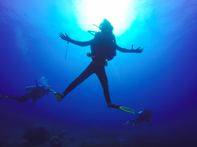 how to overcome scuba diving