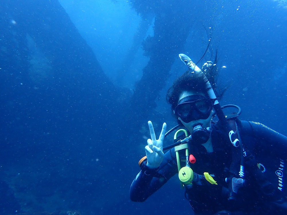 Diving At the ship wreck
