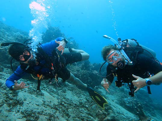 scuba diving water entry methods