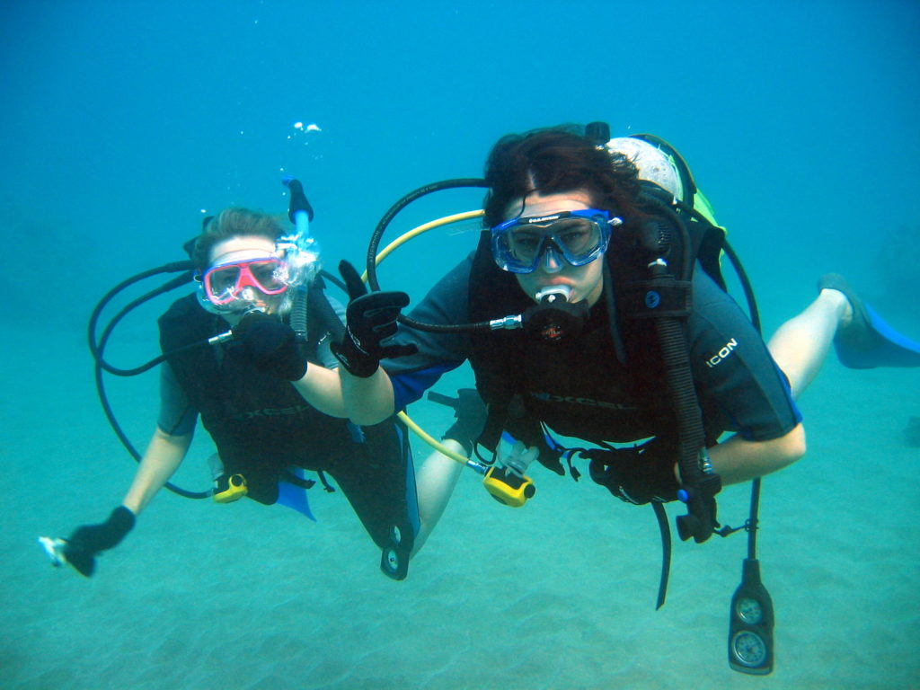 list of things to note on how to maintain your scuba diving gear.