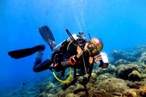 Instructor Julie diving in Bali