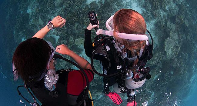 padi courses bali - underwater navigation